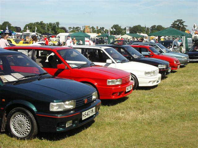 MG 'M' Group members display their cars